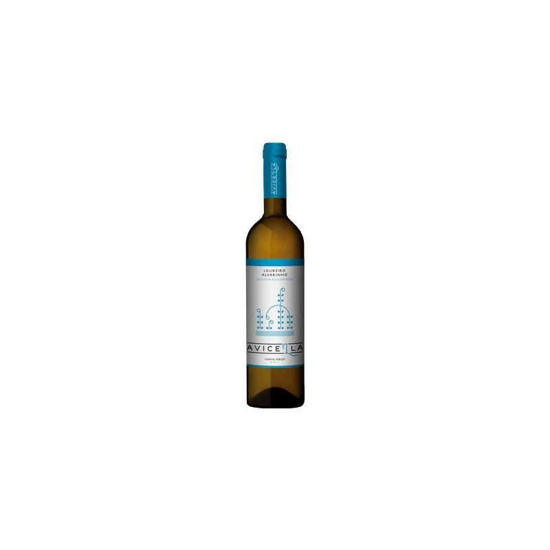 Avicella Loureiro and Alvarinho 2017 White Wine