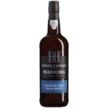 Henriques Henriques Medium Dry 3 Years Old Madeira Wine